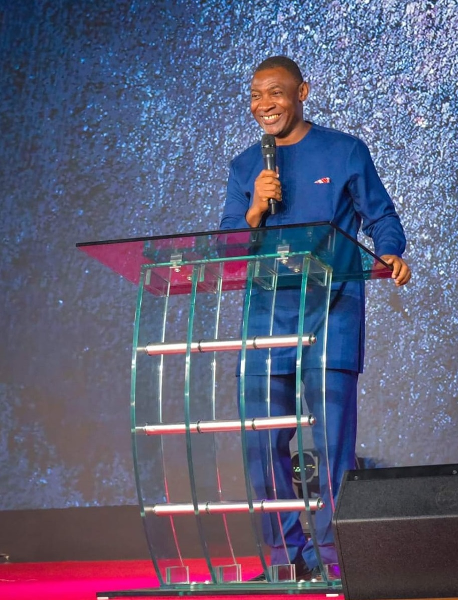 Dr Lawrence Tetteh preaches